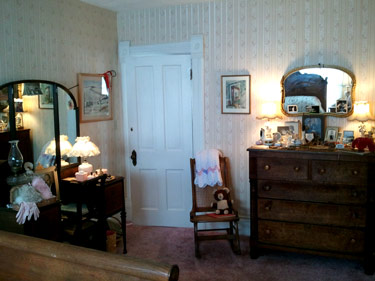 Ethel_Breed_room_03